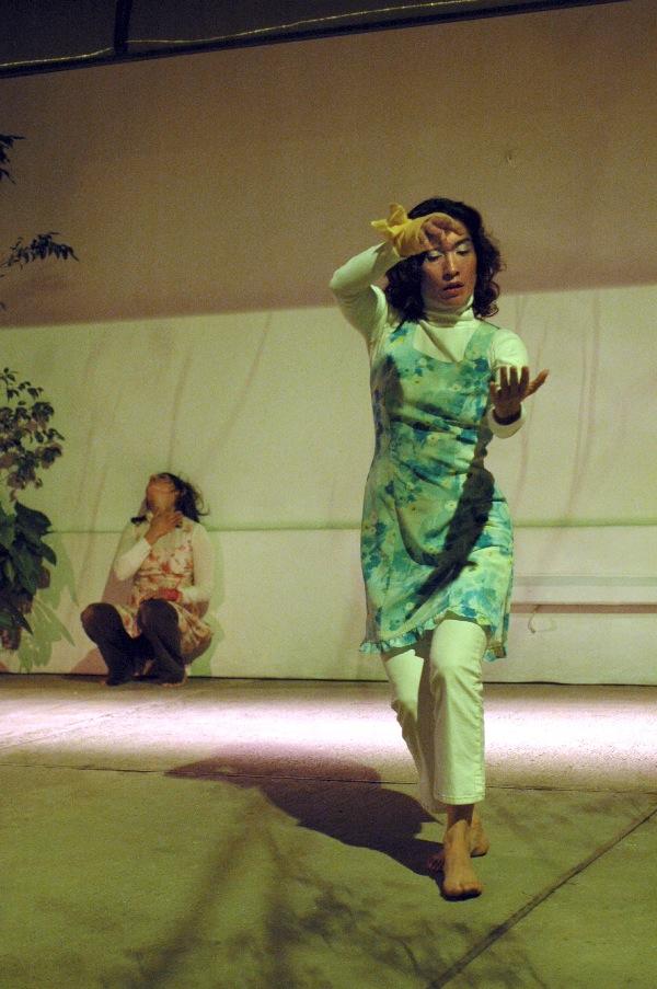 Sin dejar huella. Sonia Amarilla - Marisol Salinas. Foto: Javier Valdés